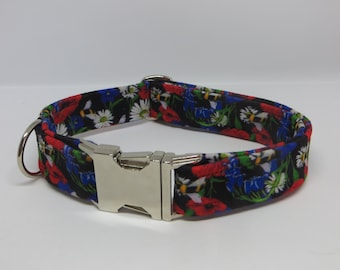 a4af11a12a Hoodlum Fang Botanical Bees Print Adjustable Dog Collar