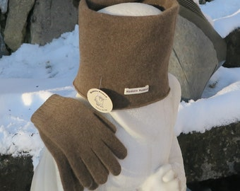 Set Thick Yak Wool Gloves and Double-layer neckwear, Mongolian Eco-Friendly Yak Down, Ultra Soft and Warm, Free Shipping From Switzerland.