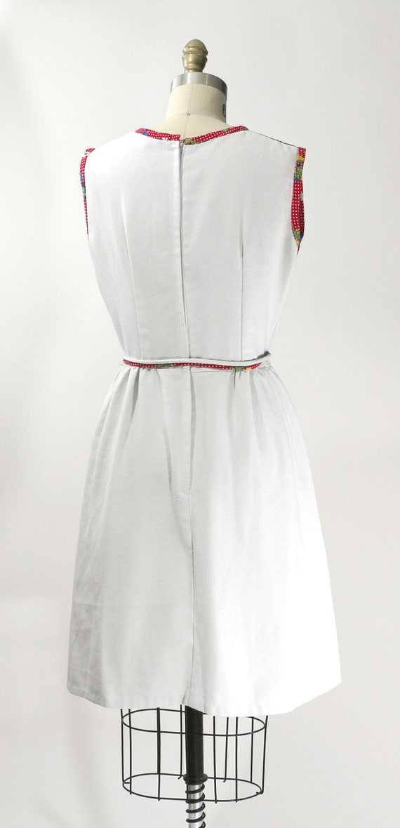Vintage 1960's Red Floral Patchwork Country Dress… - image 4