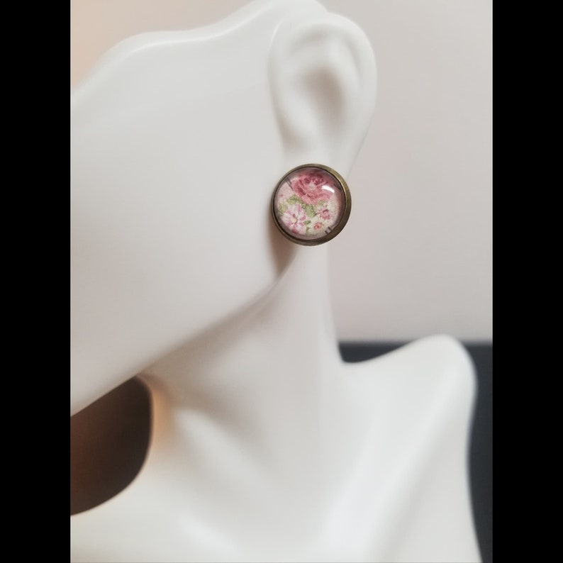 Quilted Rose Glass Cabochon Stud Earrings