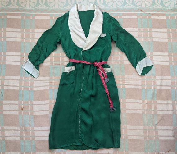 1940's Rayon Satin Robe S Small M Medium L Large V