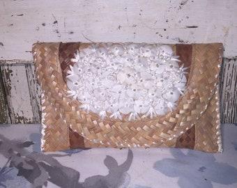 Vintage Woven Seashell Straw Clutch