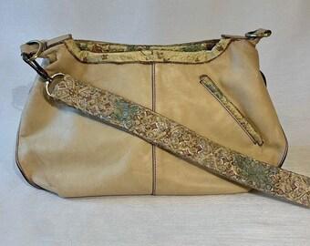 Sohee Shoulder Bag