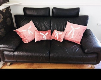 Pink lace bow cushions + filling