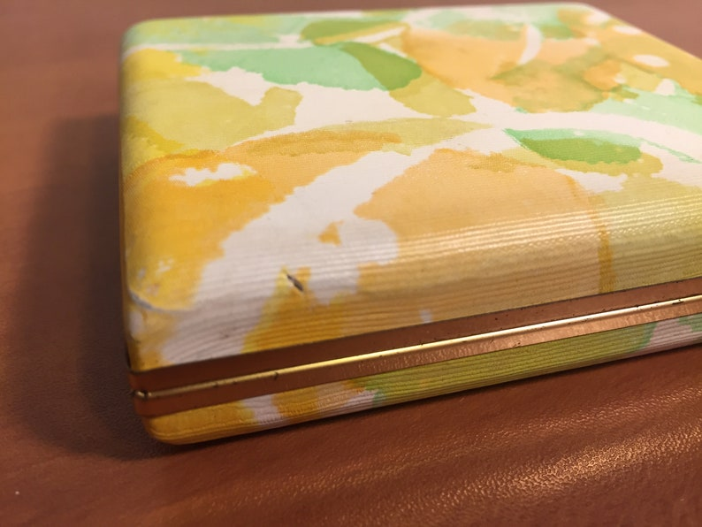 Vintage Mini Neon Abstract Design Clam Shell Travel Earring Jewelry Box
