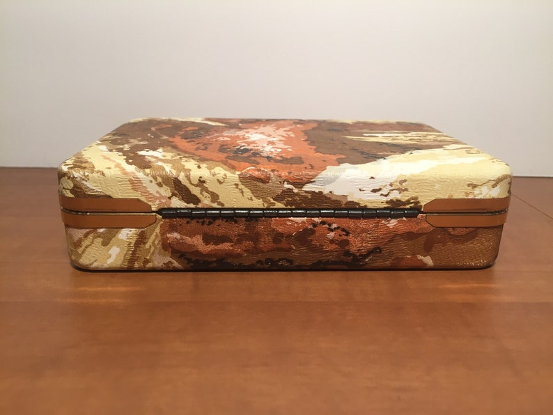 Travel Jewelry Box Vintage Abstract Brown Vinyl Hard Clam Shell Jewelry Ring Box