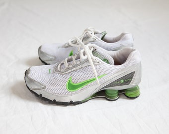 buy popular 5b1da 4c61f Rare Nike Shox running shoes   women s green white silver Sneakers   size 8    fits 7.5-8 US 38.5 -39 EU