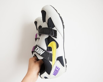 huge discount 3f810 05046 RARE pair of Nike sneakers men   velcro athletic shoes   off white purple  black contract hipster shoes   SZ11.5 US 45 EU