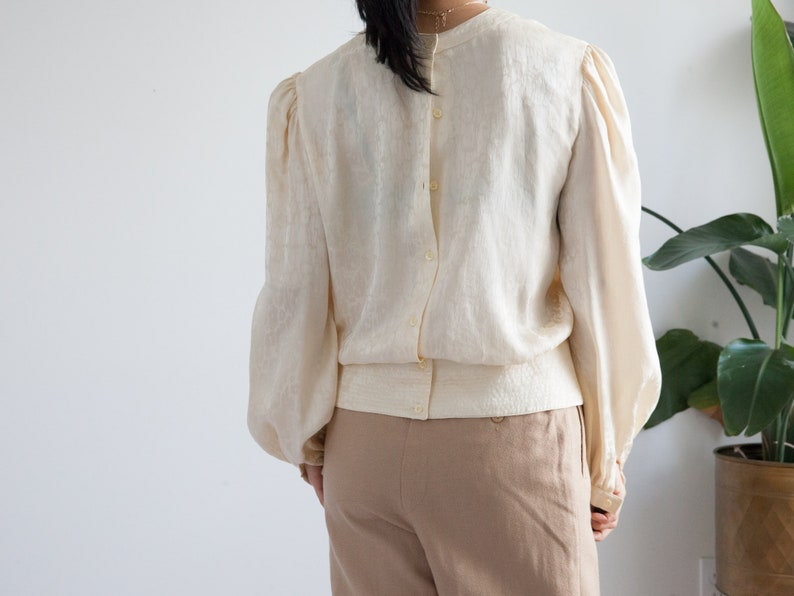 80s 90s cream silk blouse back buttons  embellished size 8