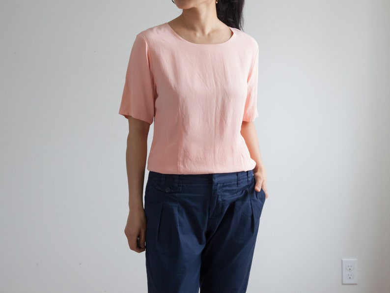 3a7cf0bf7b07e Vintage peach silk top   wide crew neck   short sleeve silk