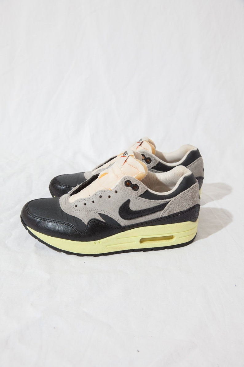 outlet boutique reasonable price online here new style 00585 53a21 nike air max camo women neon brown ...