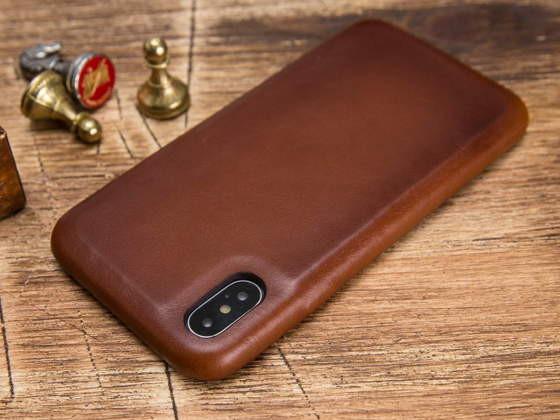 brown iphone xs case