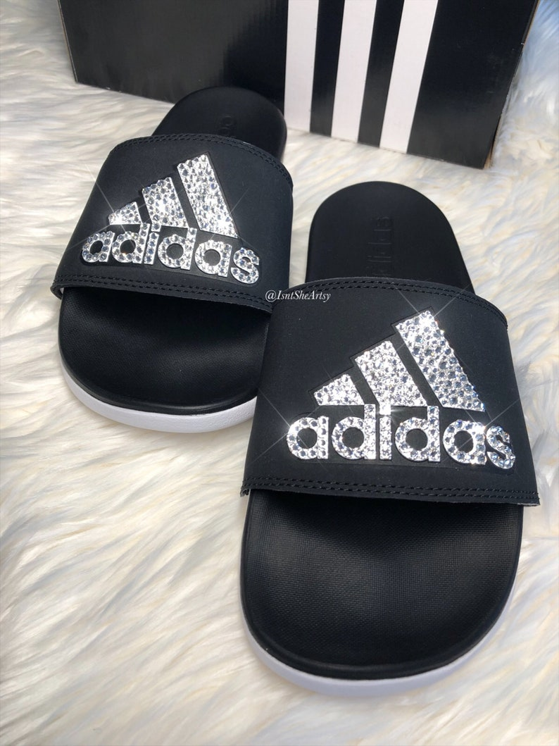 13023c019 Ready to ship Size 7 Women s Adidas adilette Made with