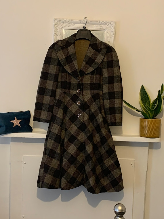 70s Tweed Swing Wool Coat - midi length Brown twee