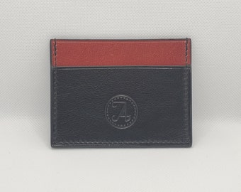 Black and red horizontal card holder The silver fleece