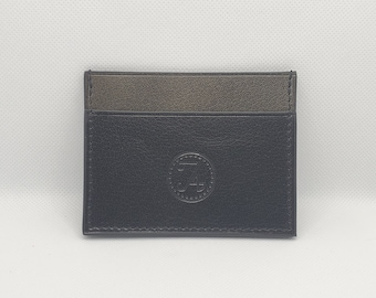 Card holder in black and grey leather, Silver fleece collection, horizontal model