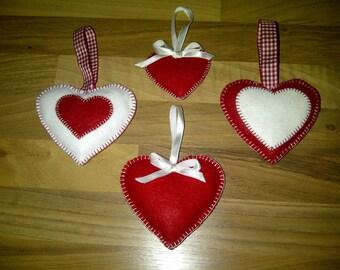 Hearts of felt fun for Valentine.