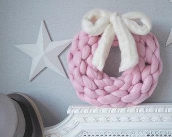 Snuggle Wreath super chunky merino wool