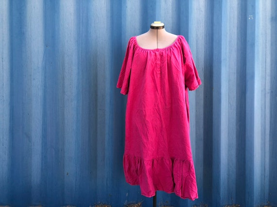 PLUS SIZE- 1980's bright pink house dress