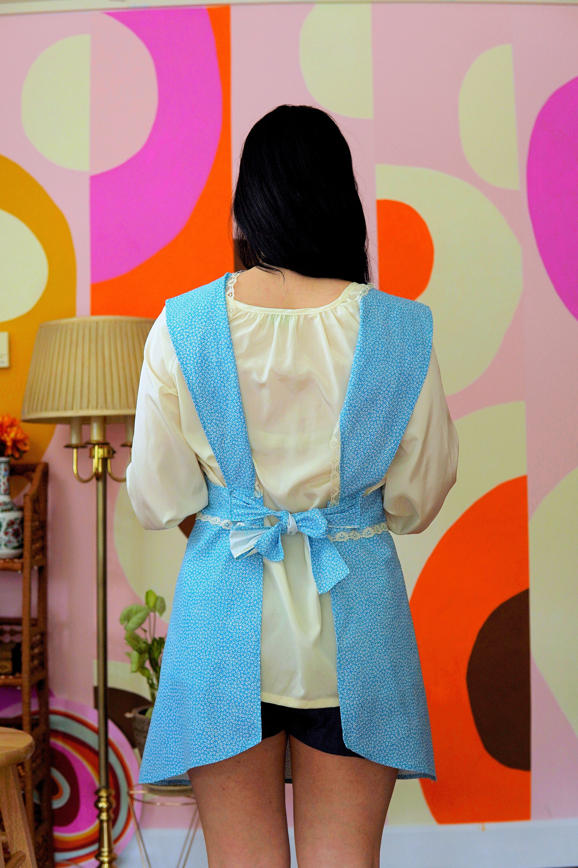 Vintage Aprons, Retro Aprons, Old Fashioned Aprons & Patterns Small - Super Cute Vintage Handmade Apron Dress Floral Print Back Tie 1960S 1970S $32.00 AT vintagedancer.com