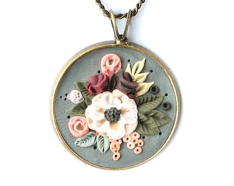 Clay rose jewelry Green fairy flower necklace Polymer clay roses necklace Forest fairy flower pendant Elegant rose necklace,Meleth