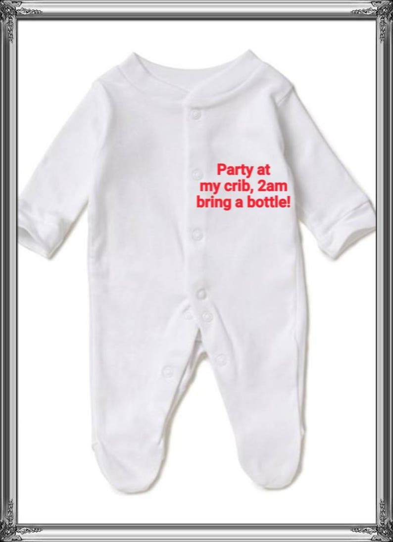 New born gift Various sizes Baby sleepsuit embroidered any message Any cotton colour Daddy mummy daughter son Personalised baby grow