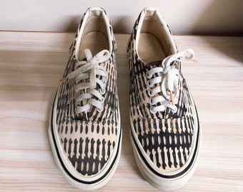 8aa1a8ce59 Vintage vans shoes full print made in usa very rare