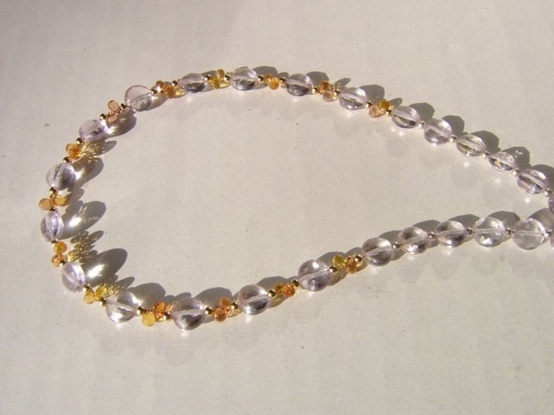 Necklace Amethyst Rose du France and sapphire in yellow and orange