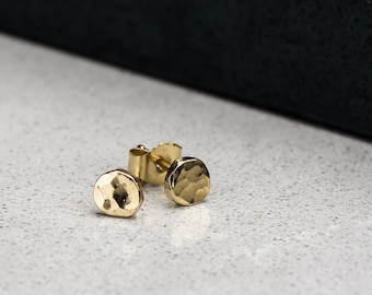 Yellow Gold Hammer Finished Studs