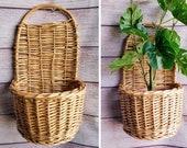 Vintage Wicker Wall Pocket Basket, Retro Wicker Wall Decor, Wall Wicker Plant Holder, Beige Basket w Handle for Hanging, Wicker Organizer
