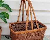 Vintage Brown Wicker Basket with unique Handle, Retro Wicker Scape, Wicker Planter, Handmade Wicker Handbasket, Farmhouse Cottage Boho Decor