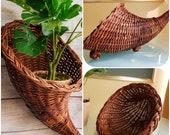 Vintage Wicker Cornucopia Basket Rustic Natural Bohemian Boho Decor, Wicker Wall Pocket, Wicker Planter, Wicker Horn, Vintage Wicker Scape