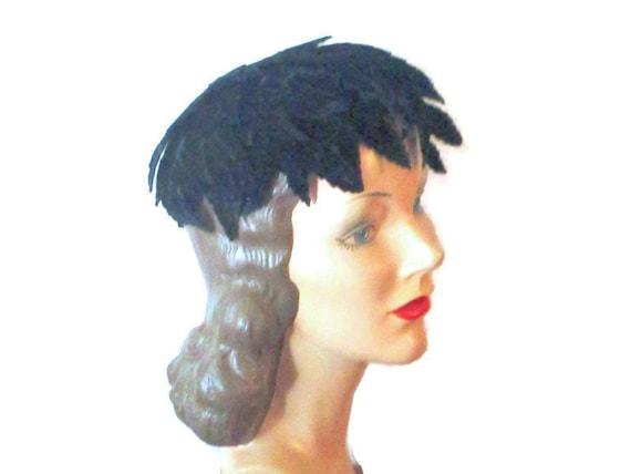 Vintage Juliet Cap Cloche Black Velvet Leaves 1930