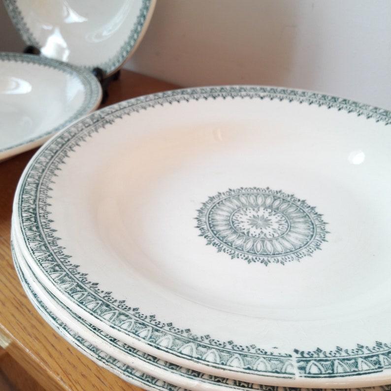pattern English Antique French transferware iron 5 hollow Creil et Montereau beige and green plates