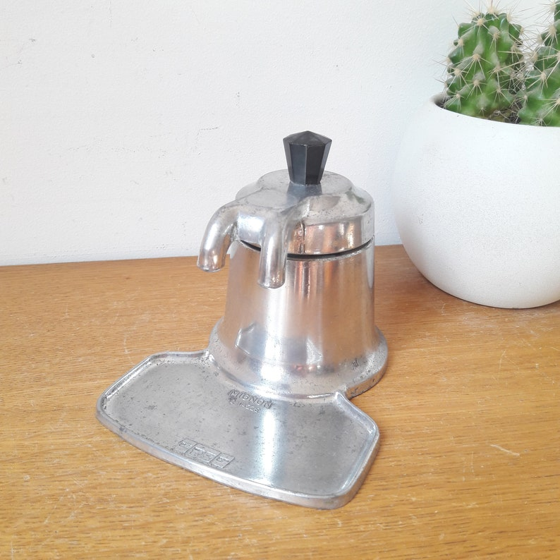 OMG cute vintage mini espresso coffee maker 2 cups aluminum button bakelite years 50.