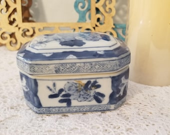 Asian trinket box