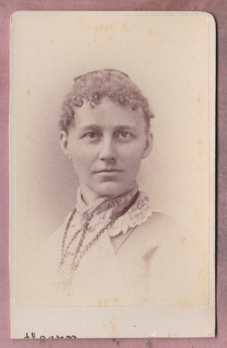 1800s CDV Photo Carte De Visite Curly Haired Woman In Lace