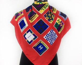 """Chanél silk scarf vintage scarves Authentix Chanél Gift for her C200 Size 32"""""""