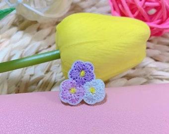 Mini lilac flower iron on patches x 2