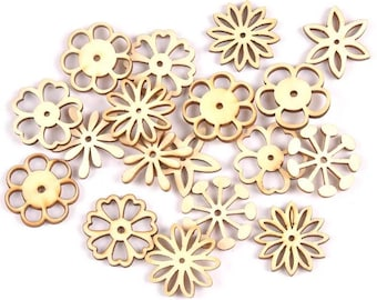 Wooden flower embellishments, 3cm natural