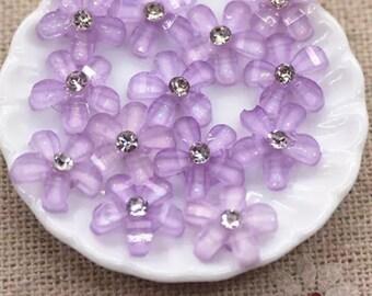 Pale purple resin rhinestone flower cabochon, lilac 10mm
