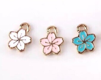 Sakura Flower charm x 4