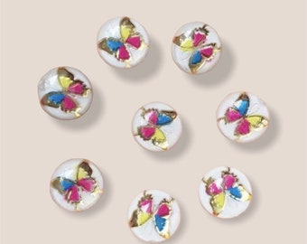 Round white cabochon, butterfly 10mm
