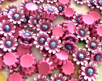 Pearlised effect flower embellishments, 13mm