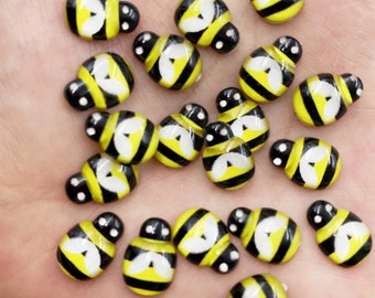 Bee resin cabochons, 13mm yellow bee