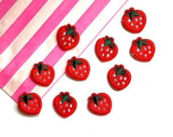Strawberry mini embroidered patch x4