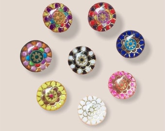 Round patterned resin 10mm cabochons