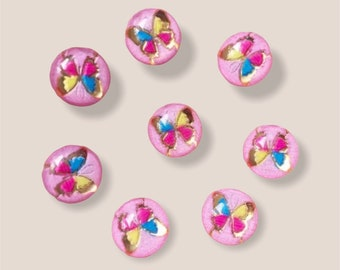 Round pink cabochon, butterfly 10mm