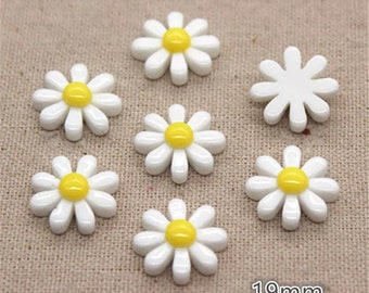 Daisy cabochons, 19mm white flower