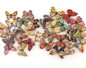 Butterfly patterned wooden buttons, set of 12